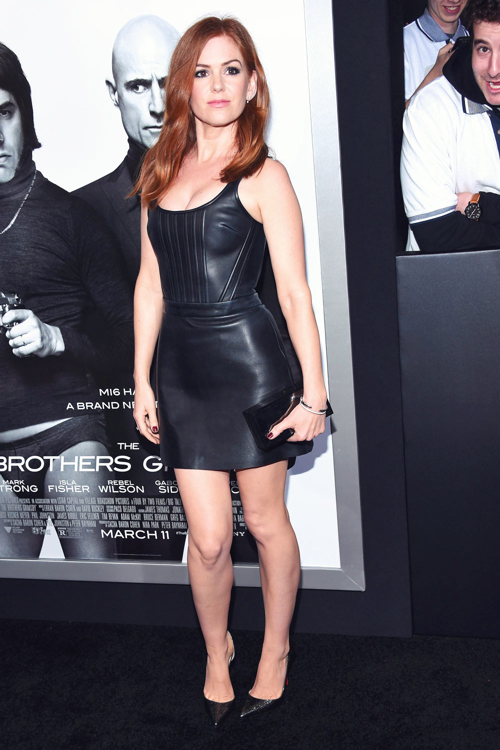 Isla Fisher attends the premiere The Brothers Grimsby