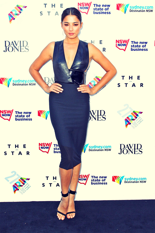 Jessica Gomes attends 2013 ARIA Awards