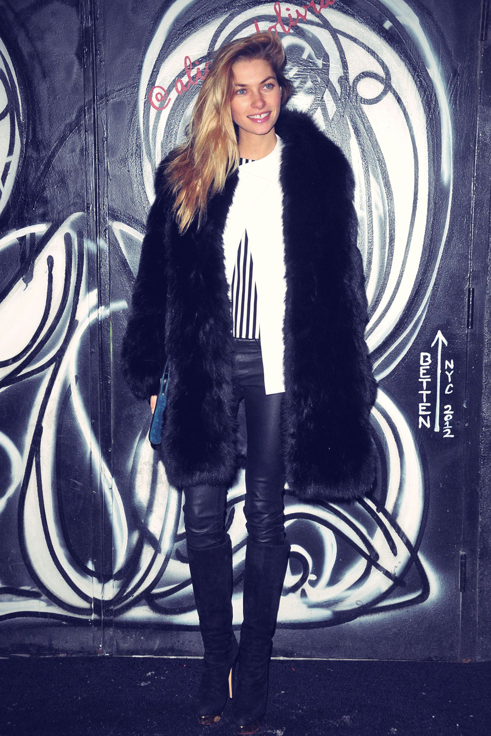 Jessica Hart attends Alice and Olivia's Fall 2014 Presentation