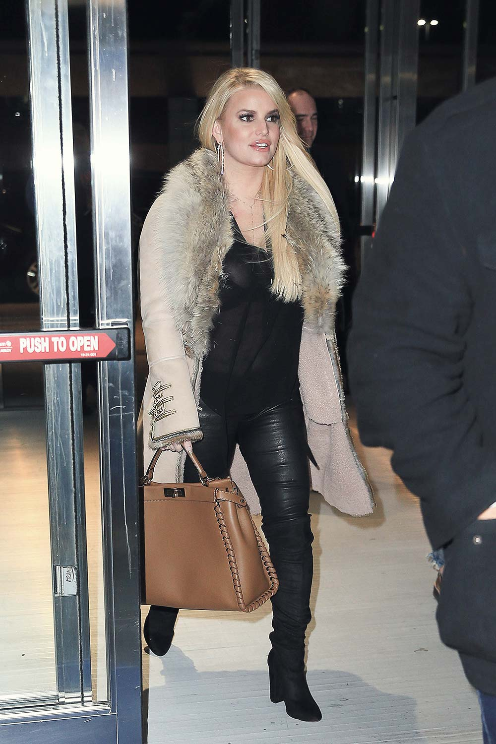 Jessica Simpson Leaving Rosa Mexicano Restaurant Leather