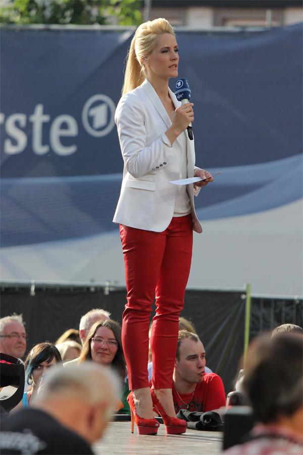 Judith Rakers at Eurovision 2012