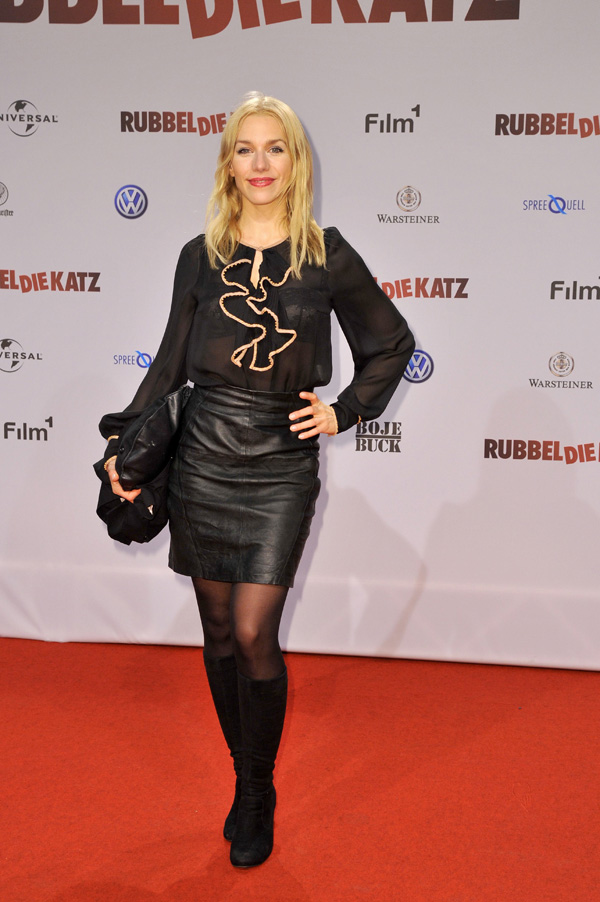 Julia Dietze premiere RUBBELDIEKATZ in Berlin
