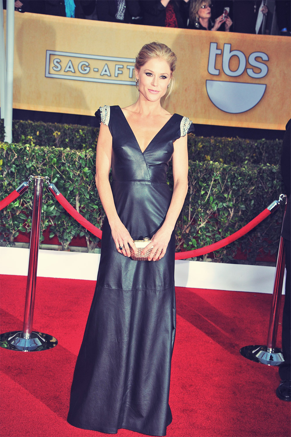 Julie Bowen attends 19th Annual Screen Actors Guild Awards