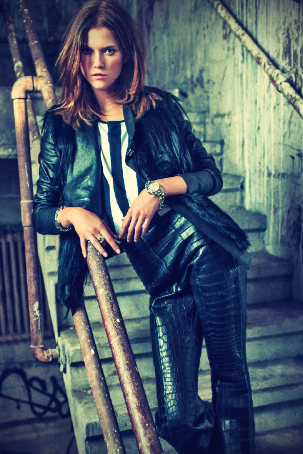 Kasia Struss leather mix