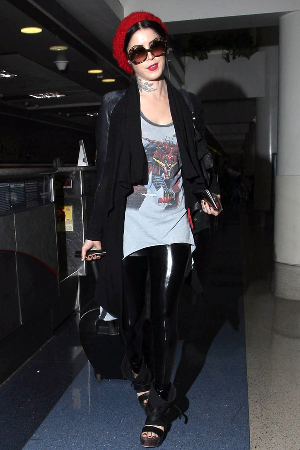 Kat Von D Catches a Flight at LAX