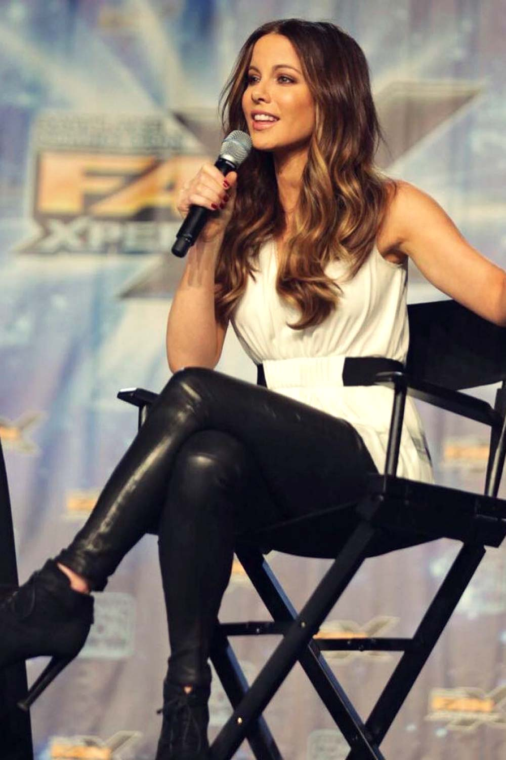 Kate Beckinsale attends Salt Lake Comic Con Fan Experience