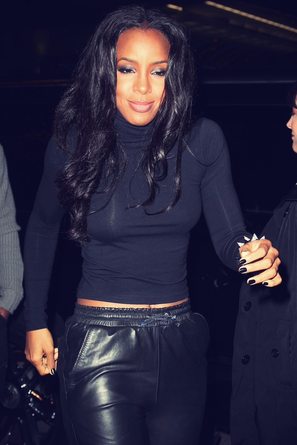 Kelly Rowland leaves a Post AMA Awards Party
