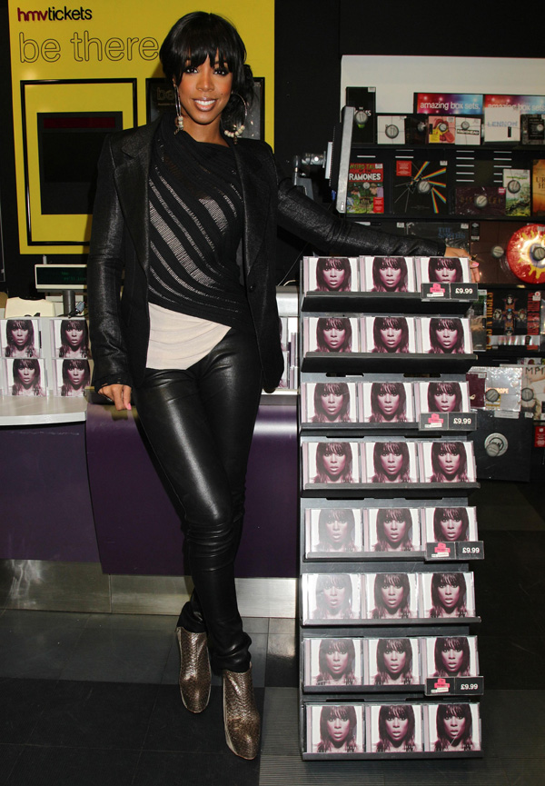 Kelly Rowland visit to HMV Oxford Street