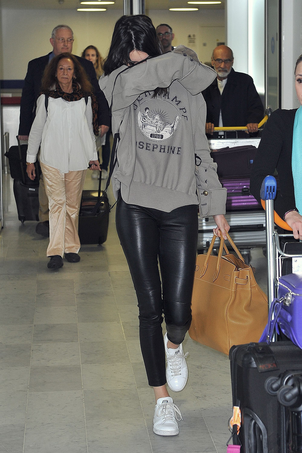Kendall Jenner leaving the Charles de Gaulle airport