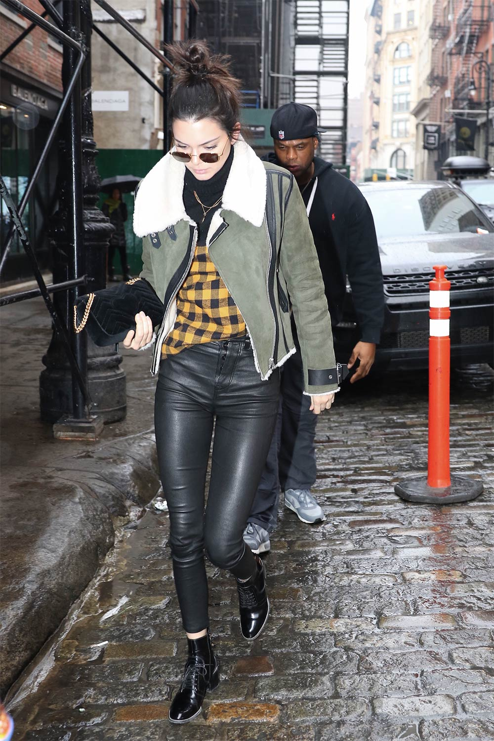 Kendall Jenner shopping in NYC