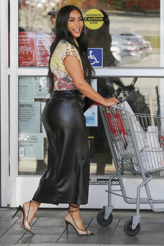 Kim Kardashian hits up CVS with David Letterman with a film crew