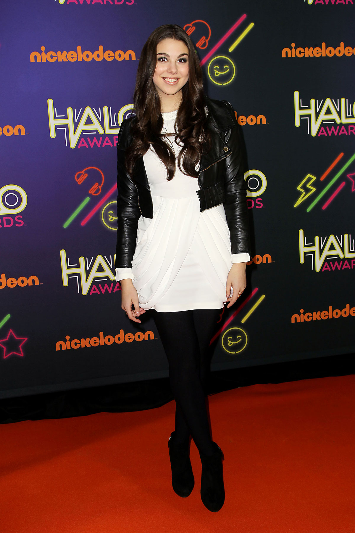 Kira Kosarin attends 2014 Nickelodeon HALO Awards