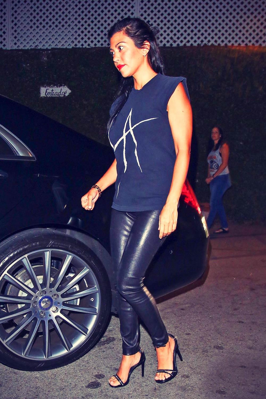 Kourtney Kardashian dinner at Casa Vega restaurant