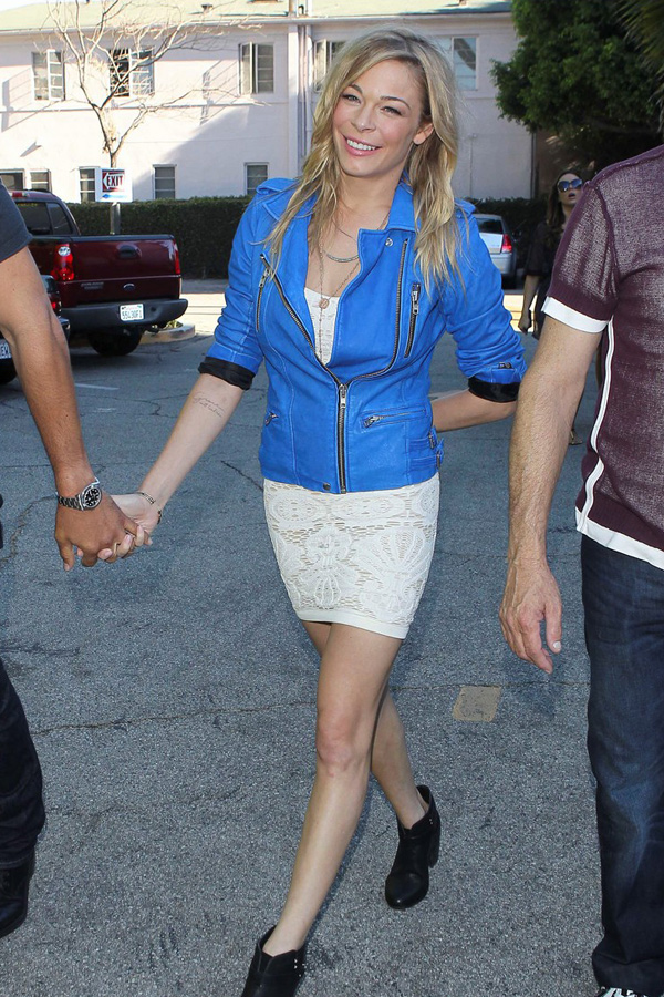 LeAnn Rimes walking in Beverly Hills