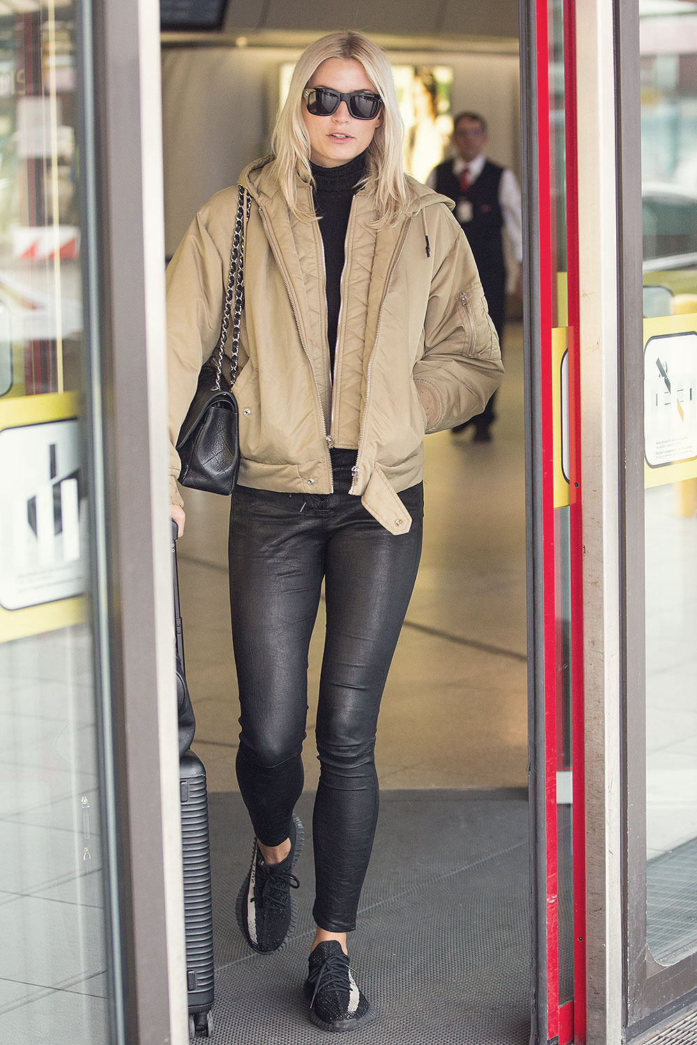 Lena Gercke seen at Berlin airport