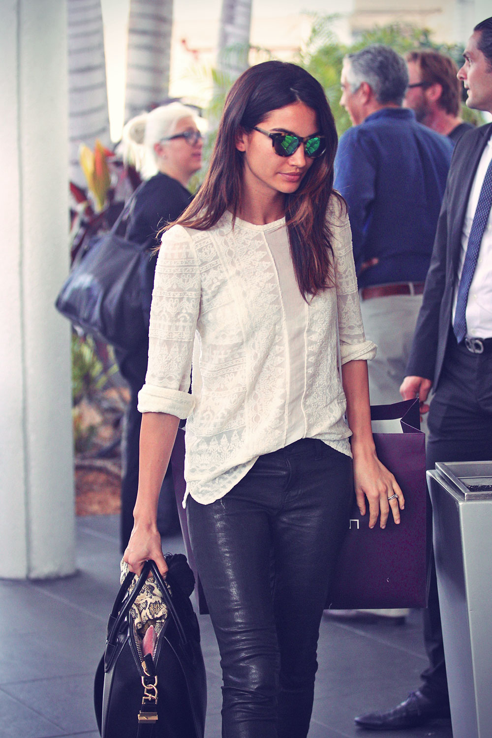 Lily Aldridge arrives in Miami on a flight from NY