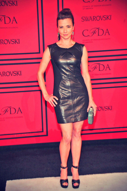 Linda Cardellini attends the 2013 CFDA Fashion Awards