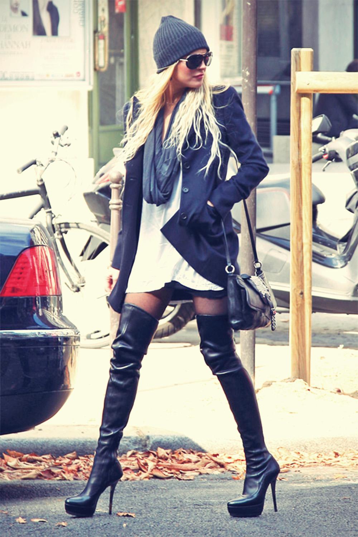 Lindsay Lohan platform thigh boots