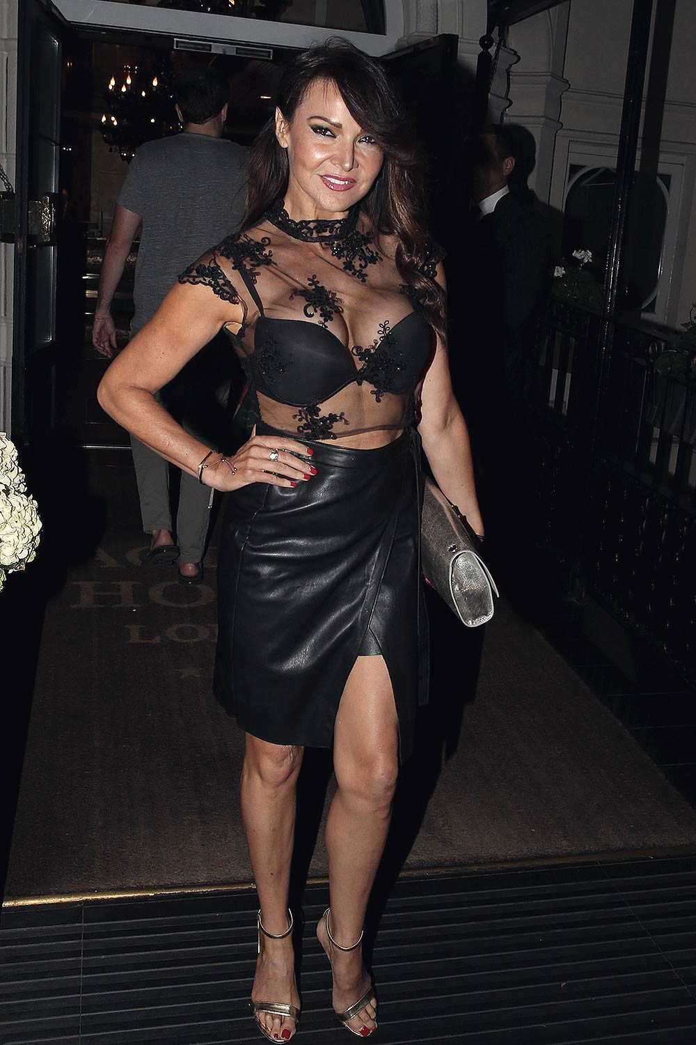Celebrites Lizzie Cundy nude photos 2019