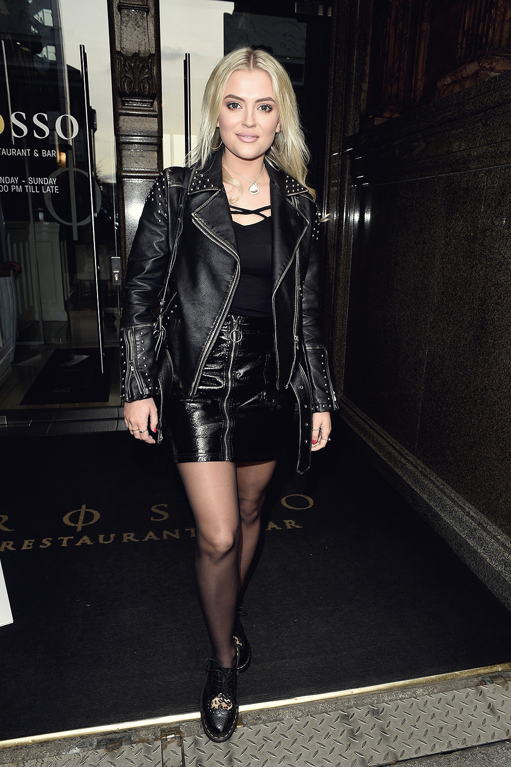 Photos Lucy Fallon naked (38 photos), Cleavage