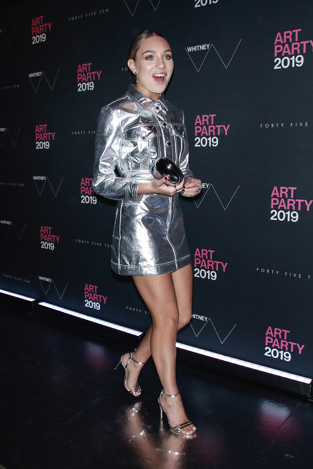 Maddie Ziegler attends Whitney Art Party