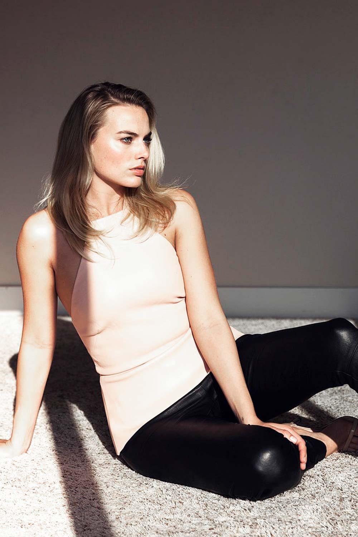 Robbie photoshoot margot Margot Robbie