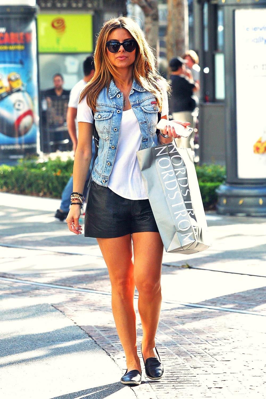 Maria Menounos shopping at the Grove