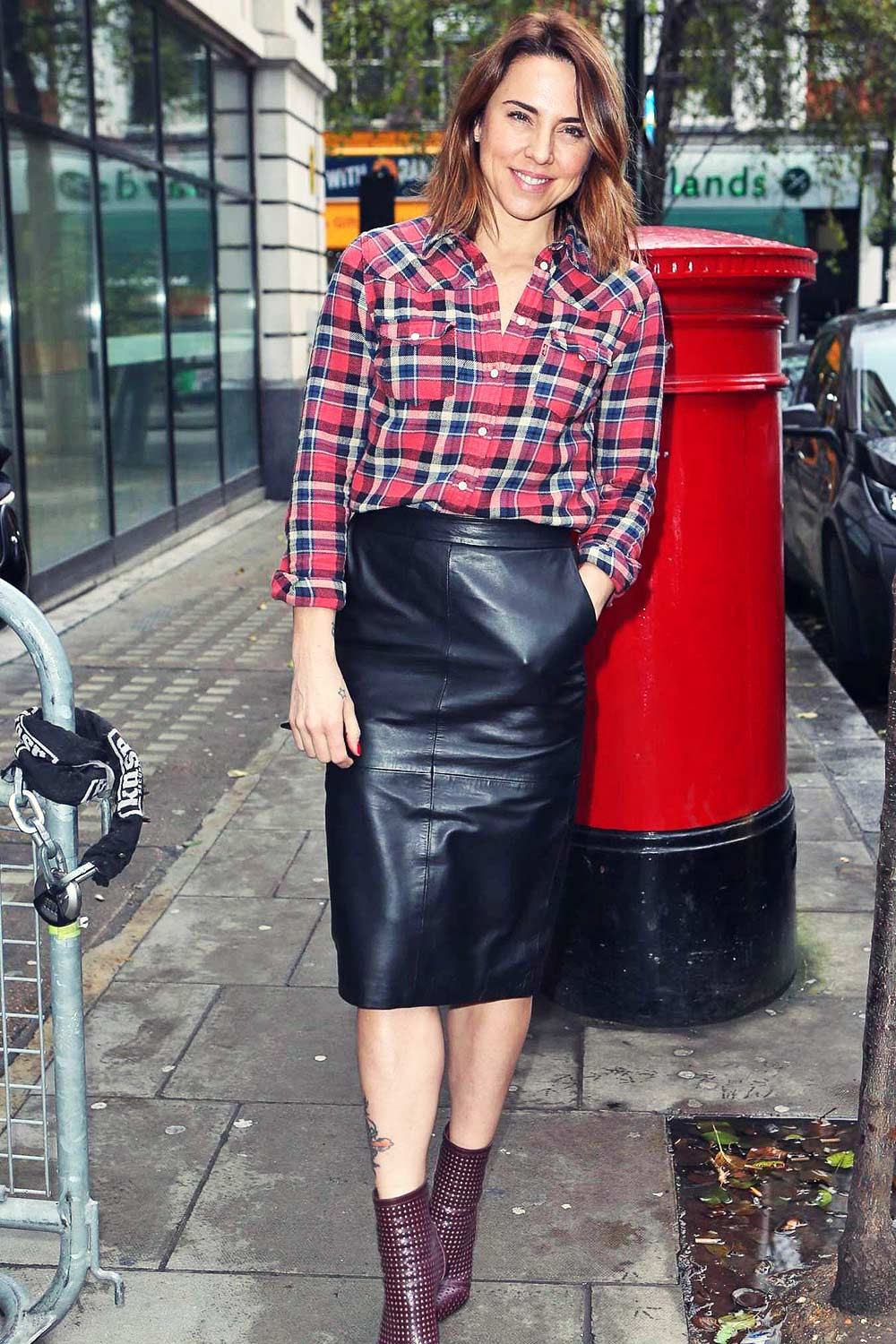 Mel C Leaving Bbc Radio 2 Studios In London Leather