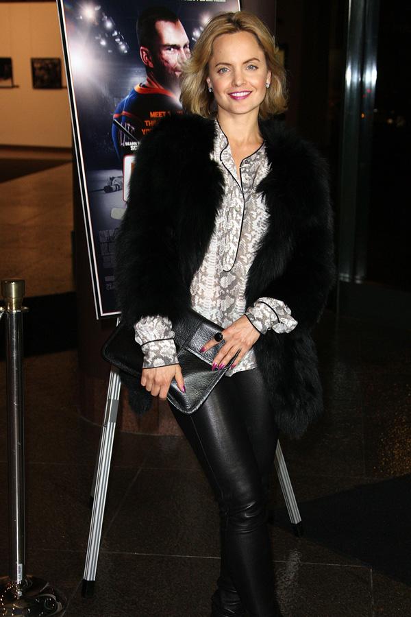 Mena Suvari arrives at Goon LA Premiere