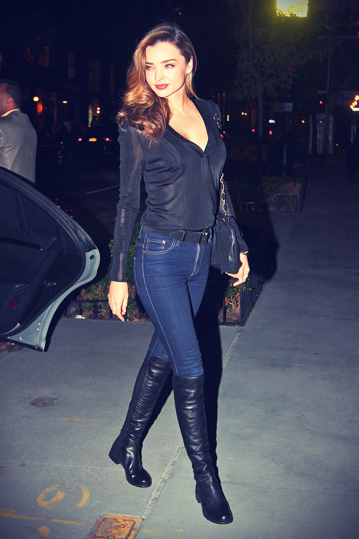 Miranda Kerr arriving back home in NYC