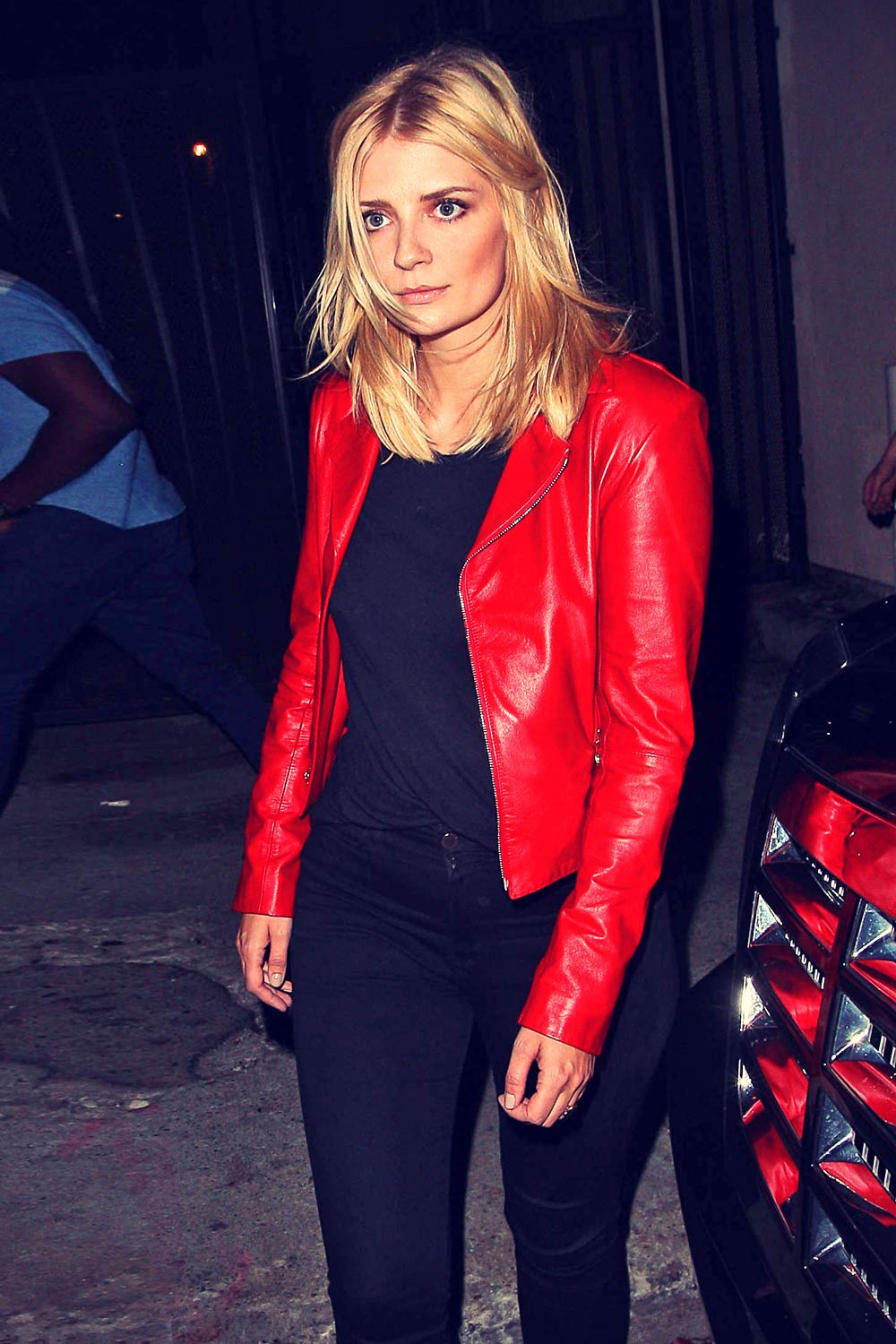 Mischa Barton outside Warwick Nightclub