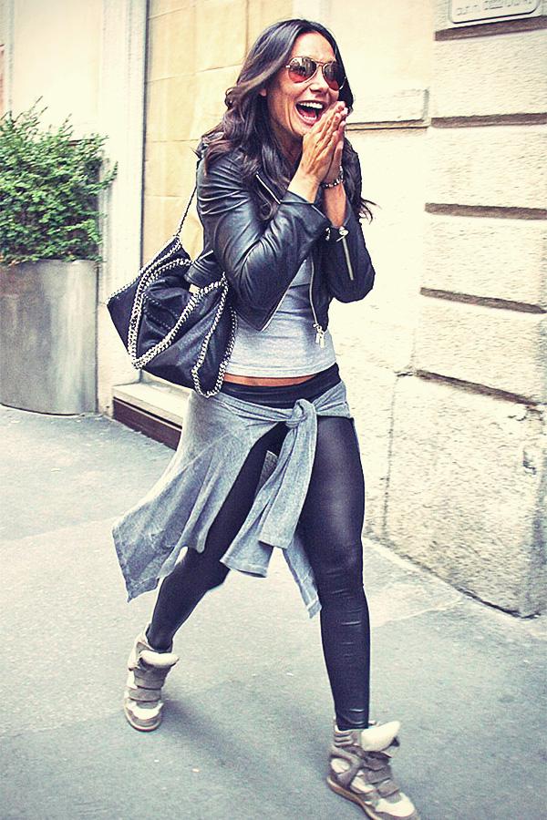 Nicole Minetti shopping in Milano