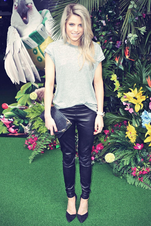 Olivia Cox attends the premiere of Rio 2