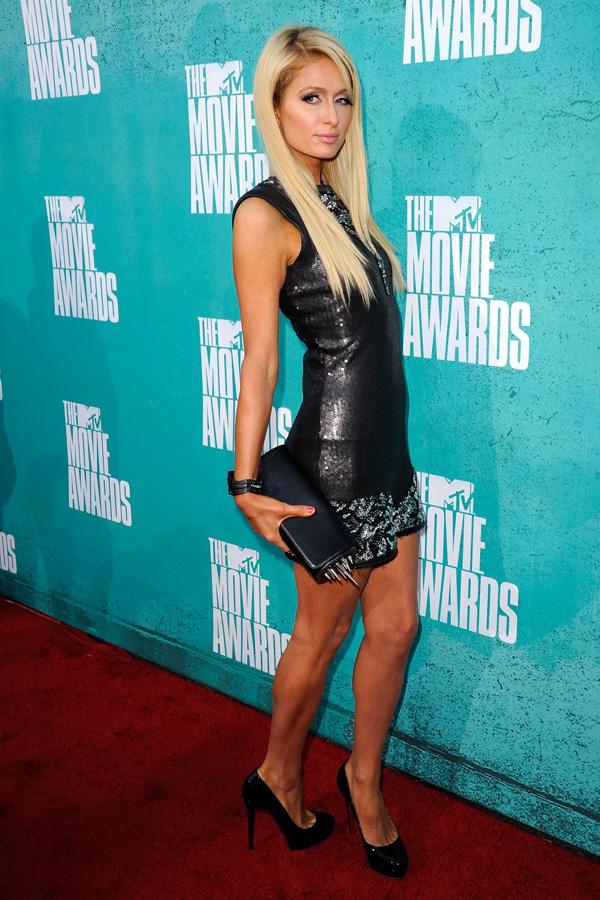 Paris & Nicky Hilton at MTV Movie Awards
