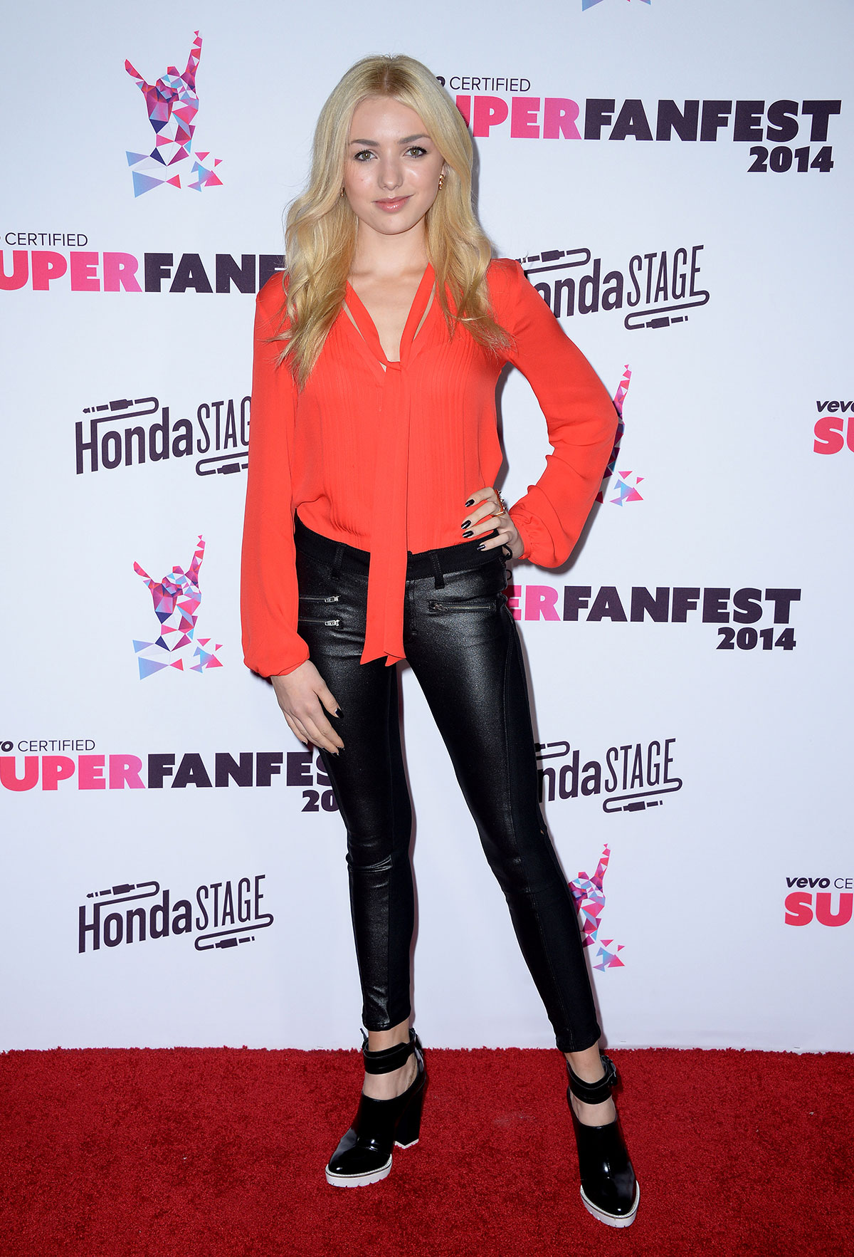 Peyton List attends Vevo CERTIFIED SuperFanFest presented by Honda Stage