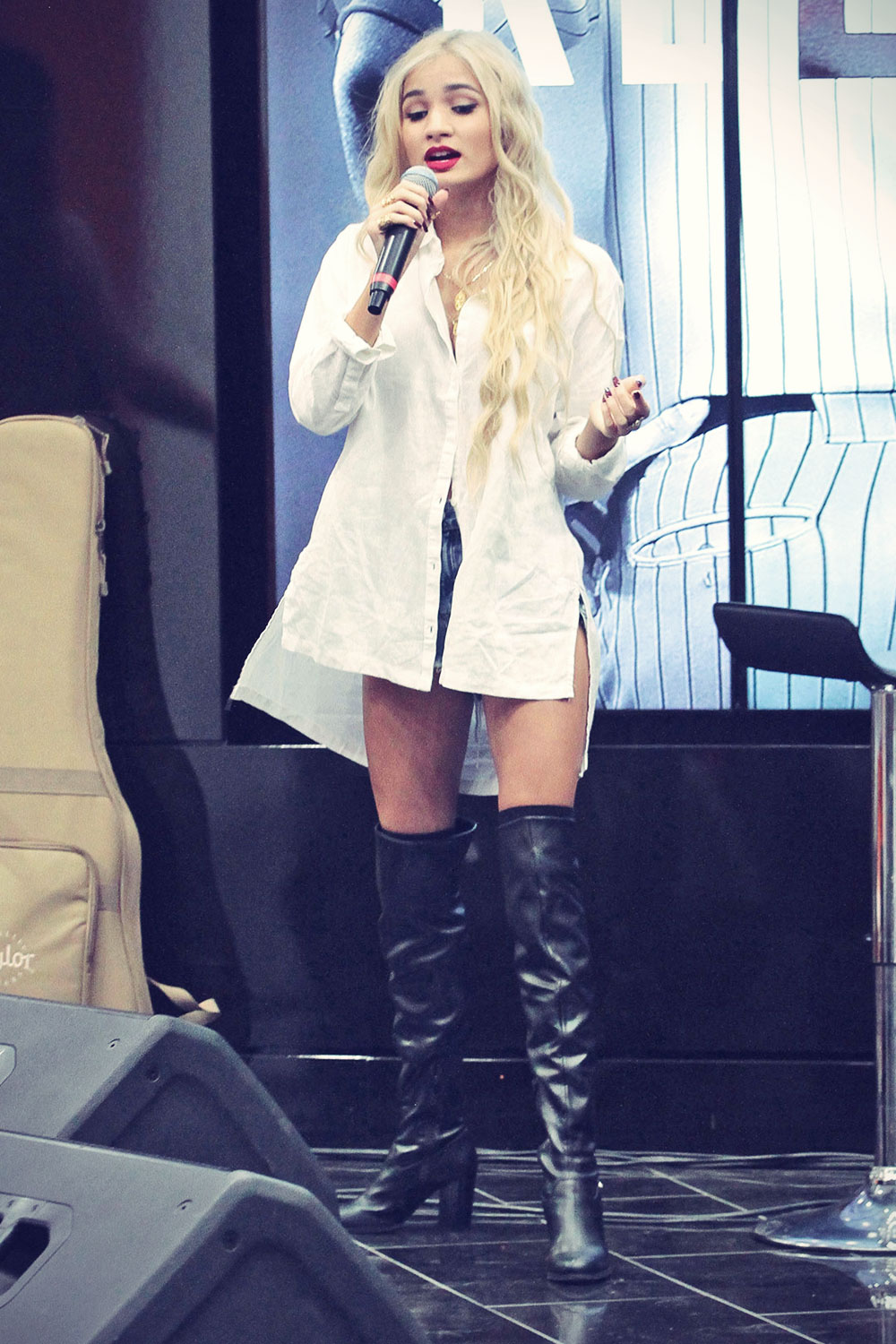 Pia Mia Perez performs at The Shoe Palace