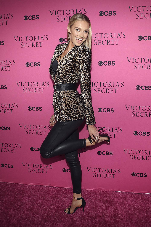 Romee Strijd attends 2017 Victoria's Secret Fashion Show