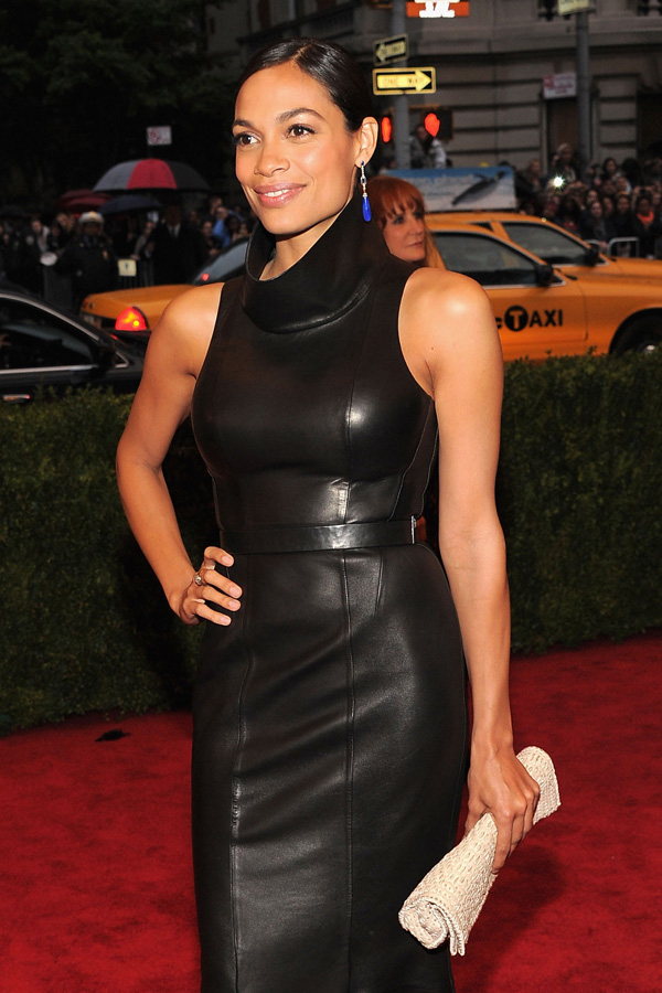 Rosario Dawson at Metropolitan Museum of Art
