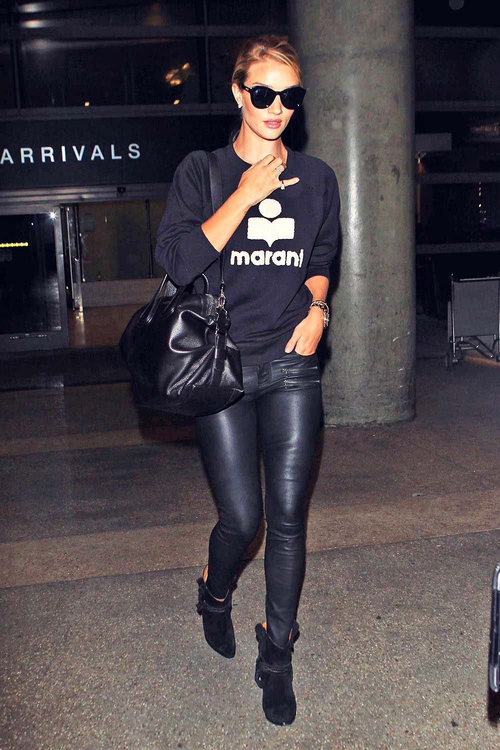 Rosie Huntington Whiteley arrives airport of Lax