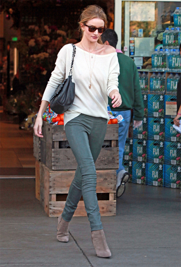 Rosie Huntington-Whitely out grocery shopping at Bristol Farms in West Hollywood