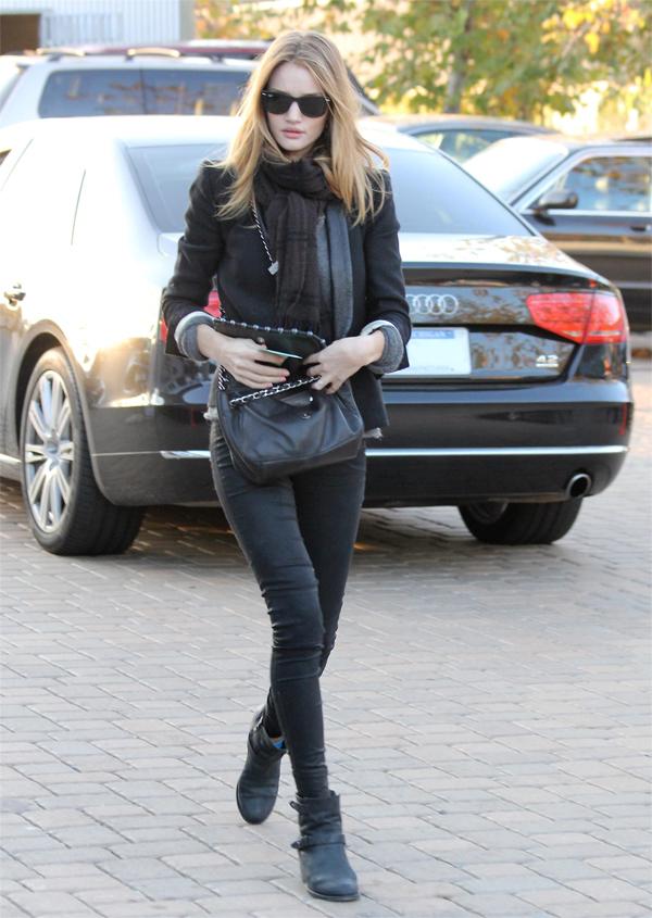Rosie Huntington-Whitely with Jason Statham shopping in Malibu