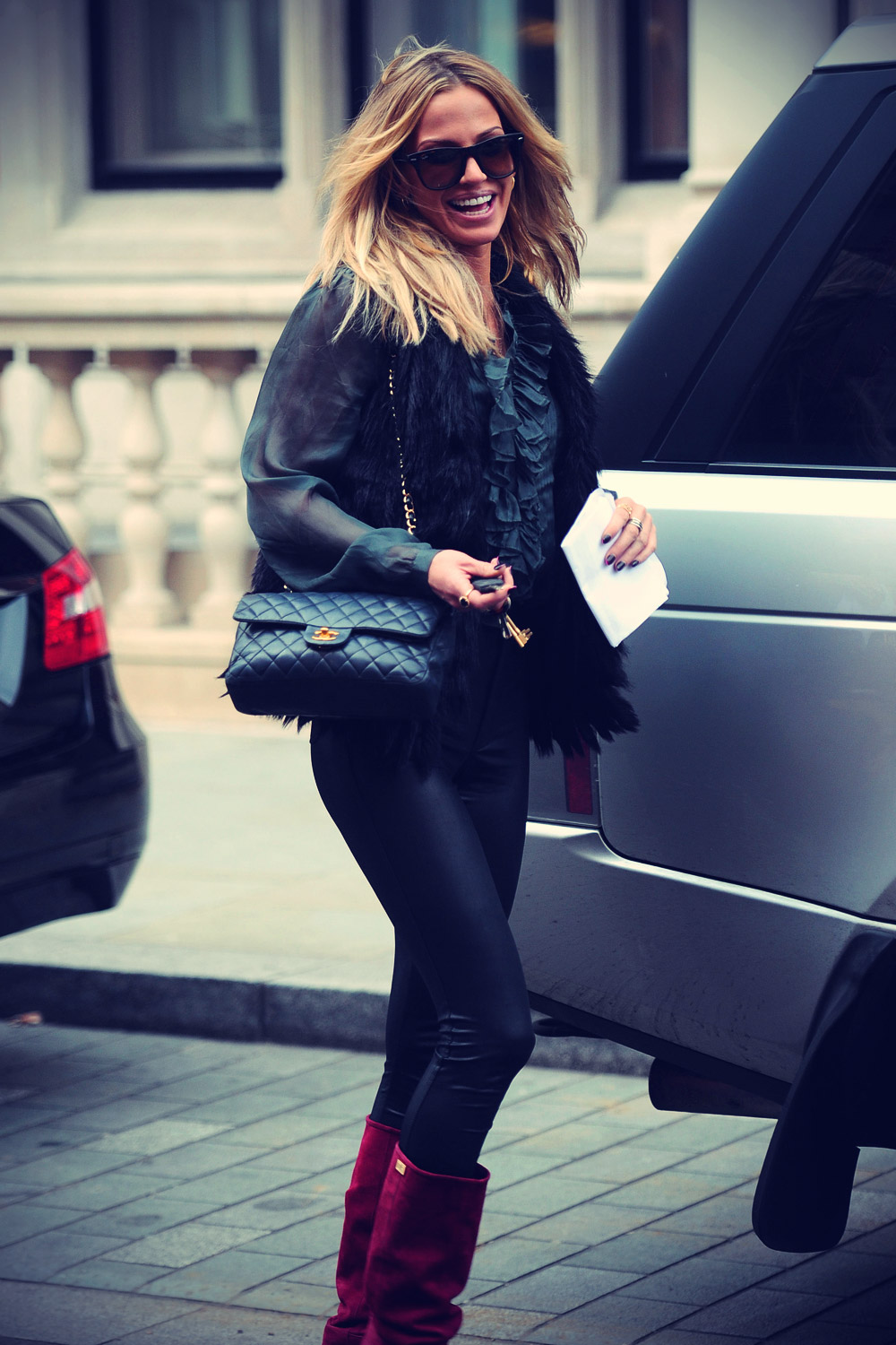 Sarah Harding sighting out and about in London