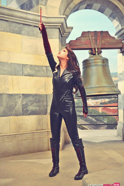 Selena Gomez Clad In Leather