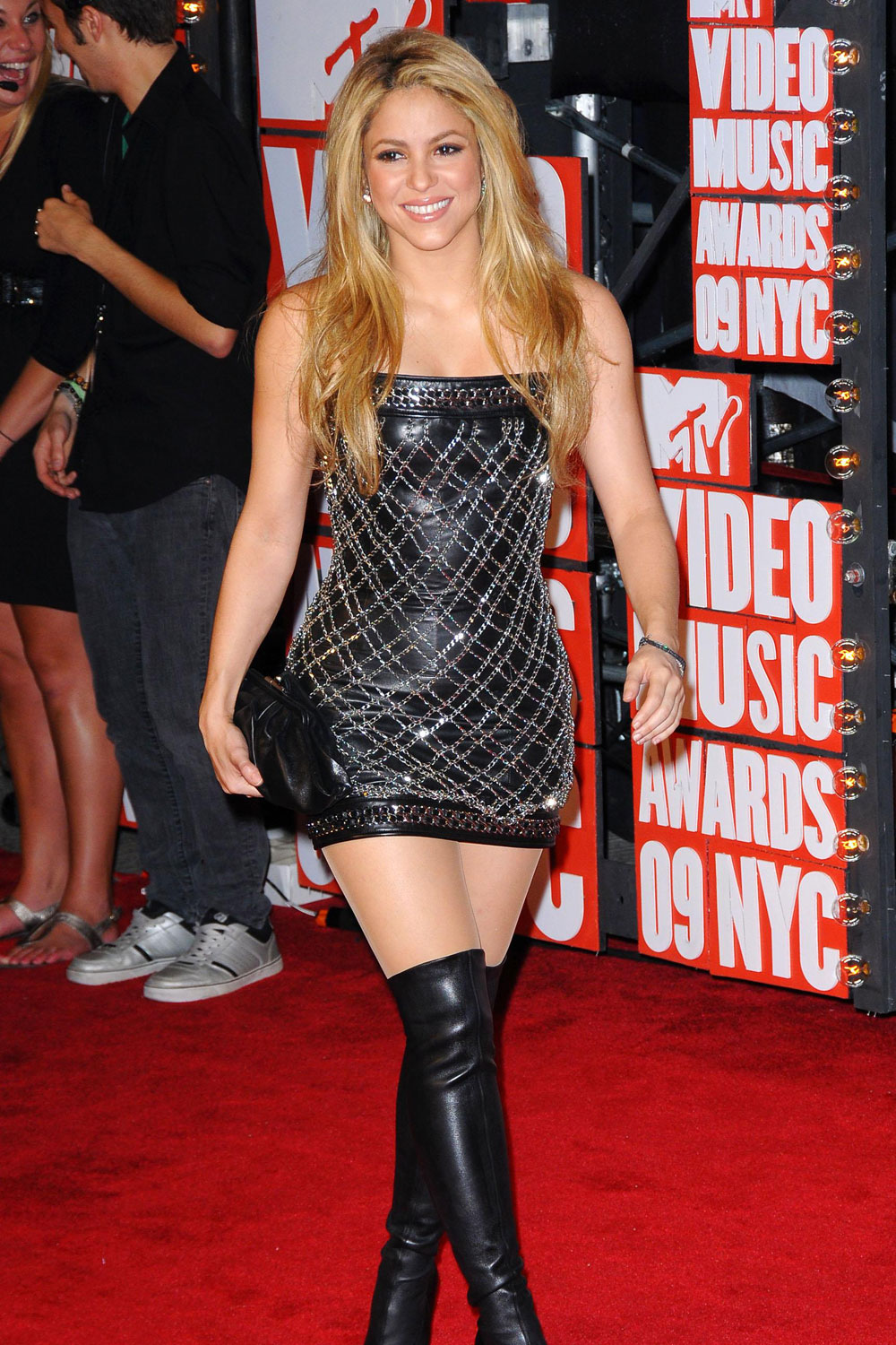 Shakira At Mtv Video Music Awards Leather Celebrities