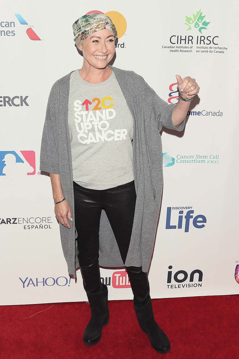 Shannen Doherty attends 5th Biennial Stand Up To Cancer