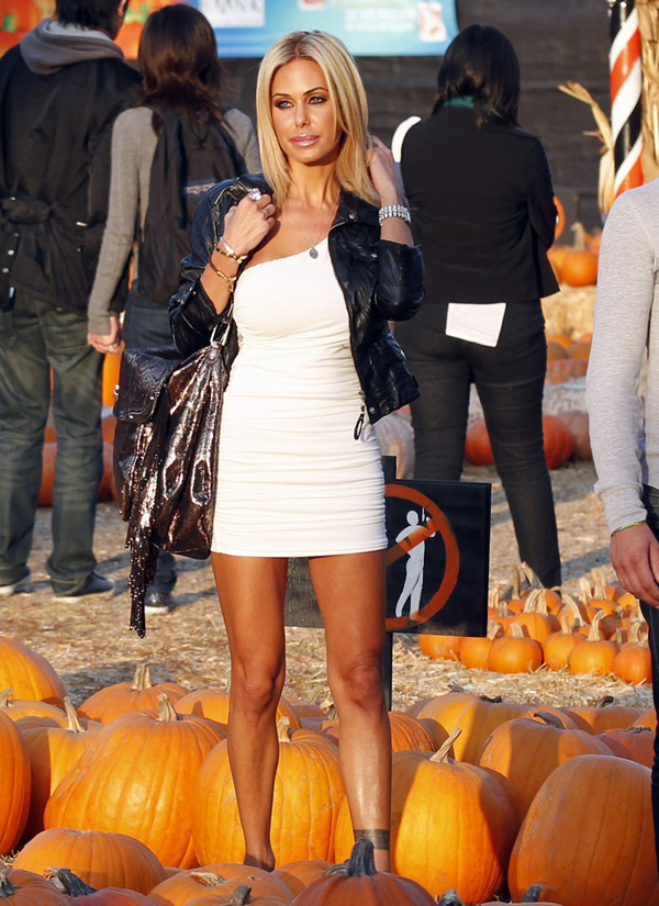 Shauna Sand in Los Angeles