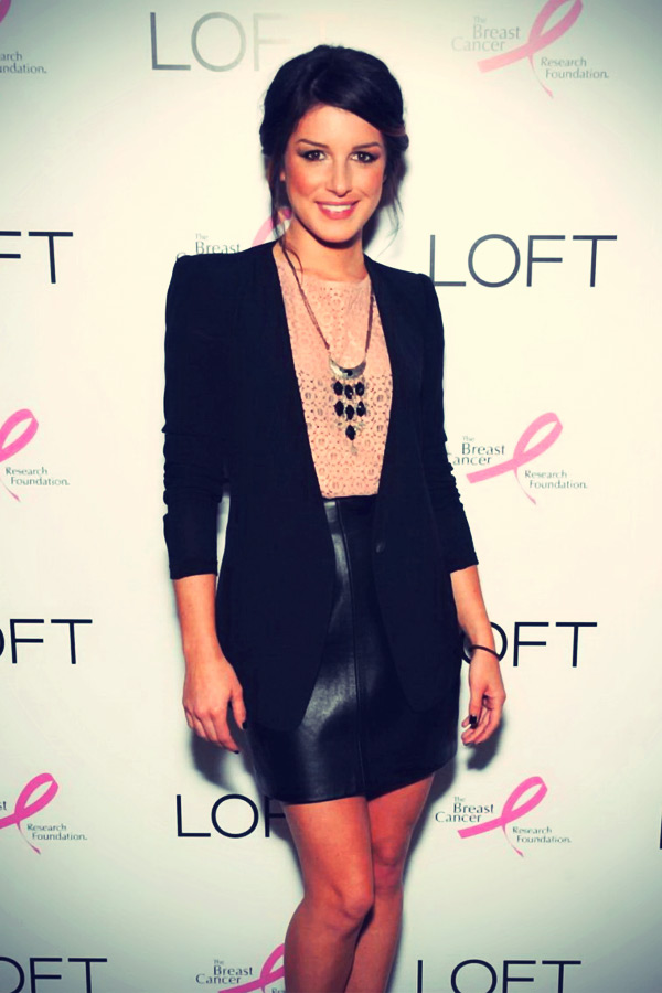 Shenae Grimes at Live In Pink launch