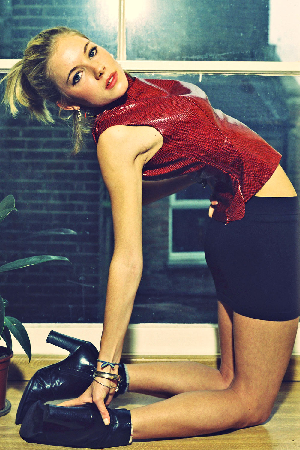 Sienna Miller First ever modelling Photoshoot