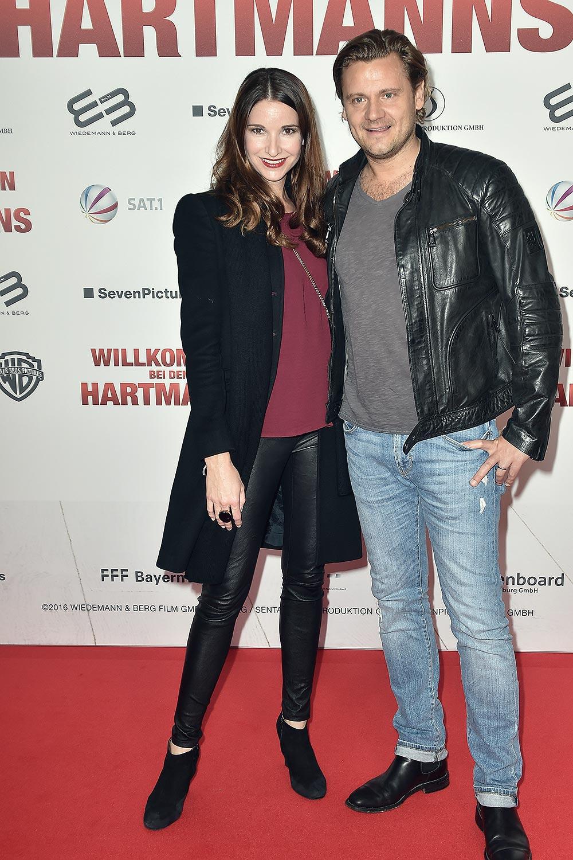 Sophie Wepper attends the Willkommen bei den Hartmanns premiere