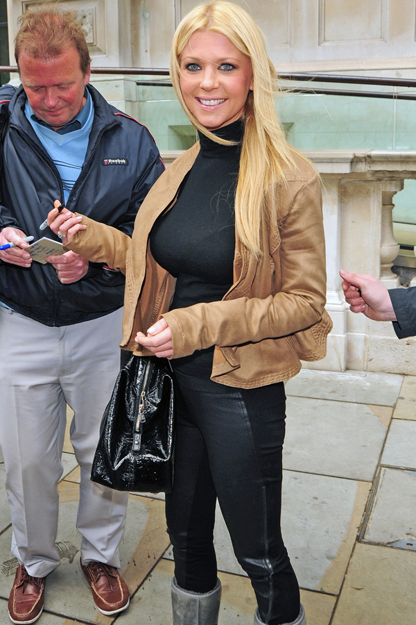 Tara Reid outside her hotel in London